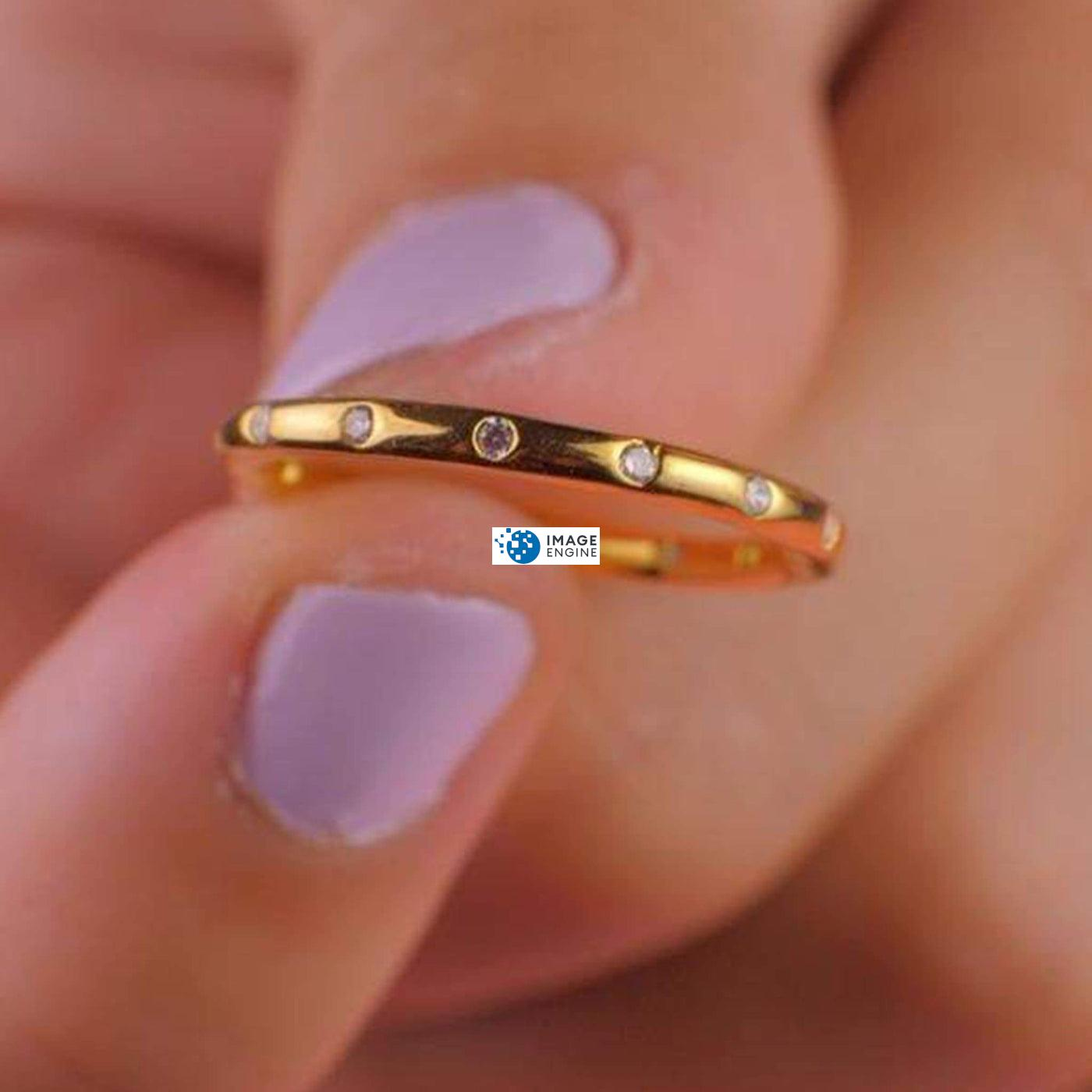 Droplet Ring - Holding Ring - 18K Yellow Gold Vermeil