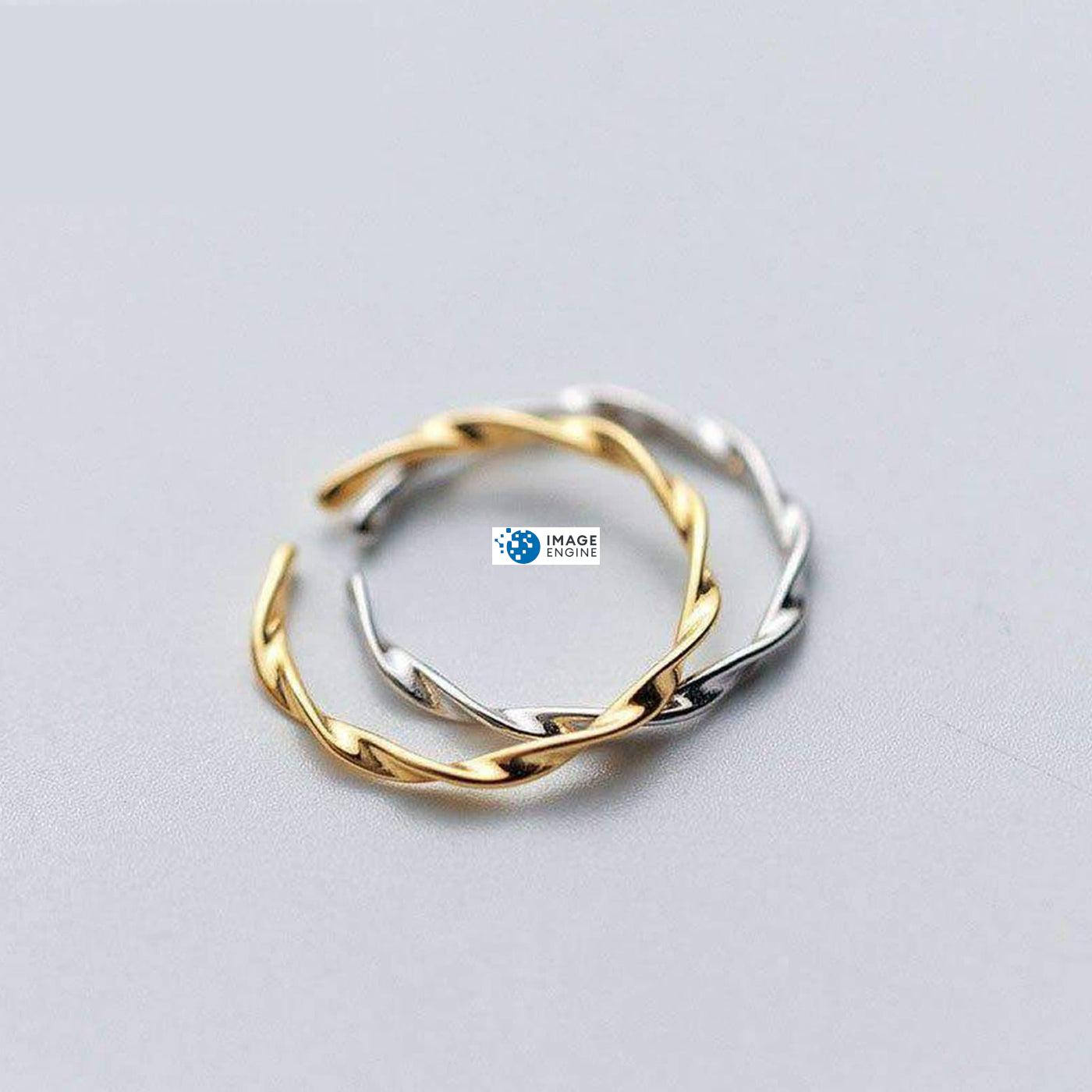Olivia Twist Ring - Staggered